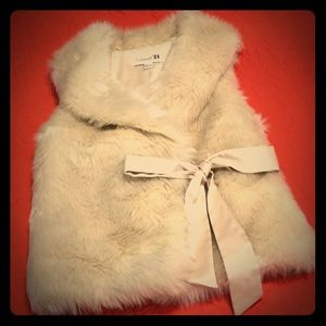 Faux Fur Vest Cream Color Forever 21 Size Small